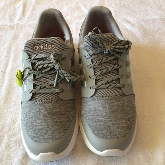 Adidas Neo women's cloud foam Xpression W NWT